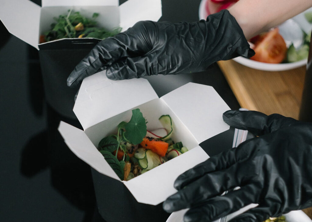 order from restaurants with sustainable packaging - Zero Waste Hacks for travelers and digital nomads